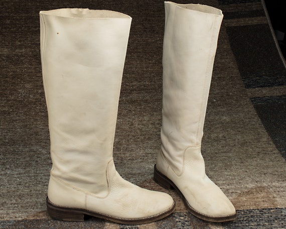 US 10 Equestrian Boots Minimal 90s Vintage White L