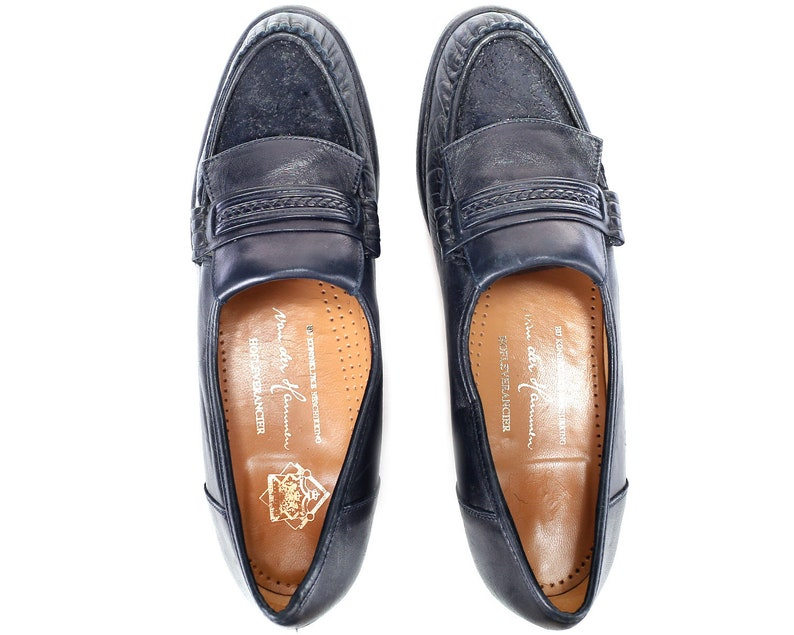 US Women 8 Navy Leather Loafers 80s Vintage Retro Shoes Slip On Stormy Blue Driver Shoes Europe Penny Shoes Size Eur 38.5 Uk 5.5