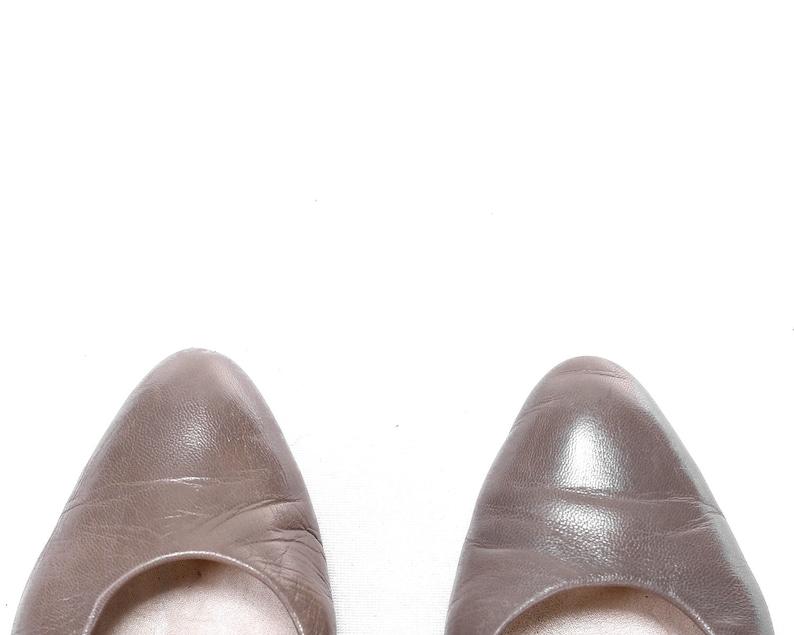 EUR 37 UK 4 US 6.5 Vintage Ballet Flats 80s Leather Shoes Mod Slip Ons Low Heel Gray Shoes Minimalist Ballerinas Girlfriend Shoes