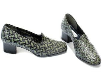 US women 8.5 Brazilian Shoes Two Tone Vintage Woven Shoes Midi Heel Green Braided Shoes 80s Loafer Heels Bohemian Retro Heels . EUR 39 UK 6