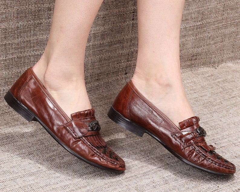 0777e15743f7c US women 9.5 Woven Leather Shoes Braided Loafers 80s Retro Grandpa Shoes  Unisex Vintage Wide Fit Flats Woven Loafers Italy . Eur 40 Uk 7