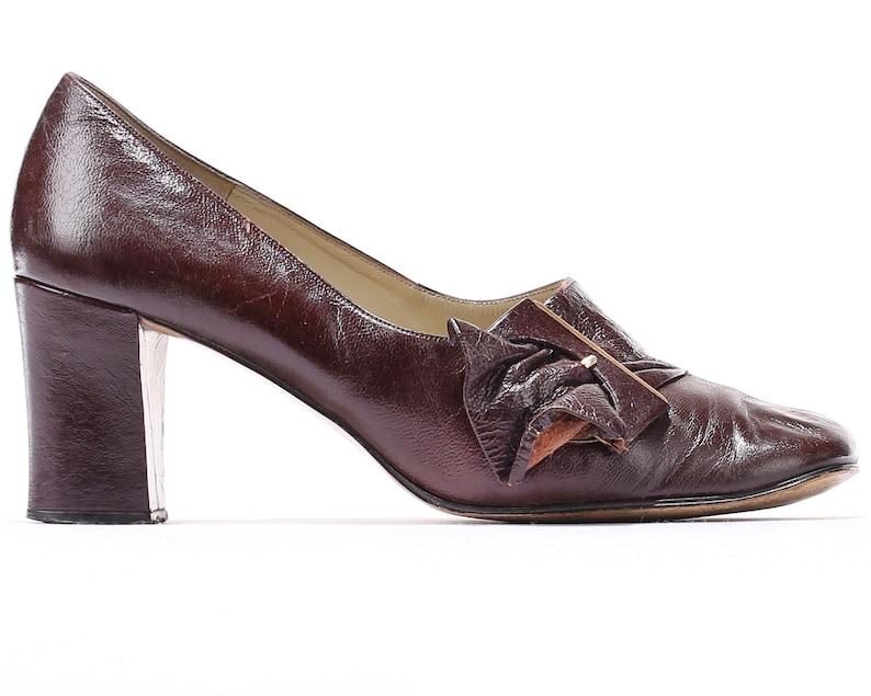 a685dfa48c356 US size 8 Retro 60s Leather Shoes Wide Fit Vintage Brown Pumps | Etsy