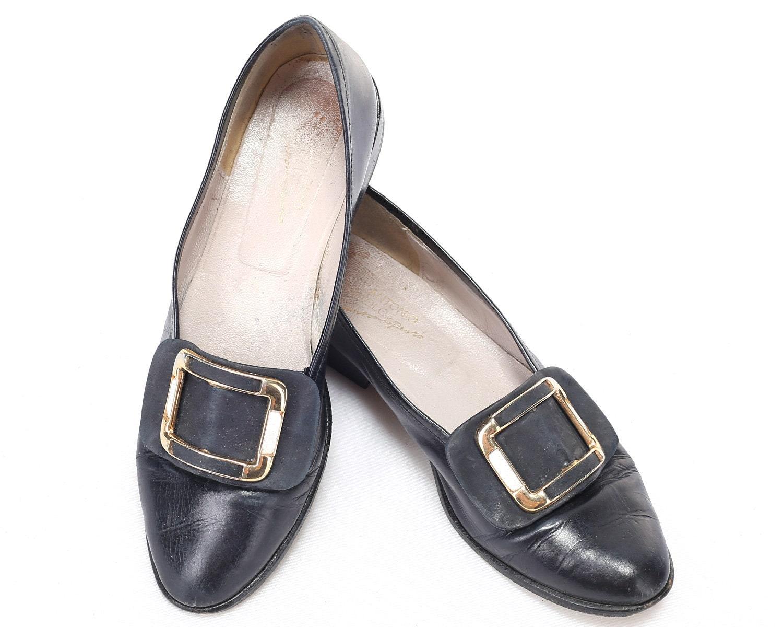 e8467174008d US women 7 Buckle Loafers 80s Low Heel Slip On Leather Wide