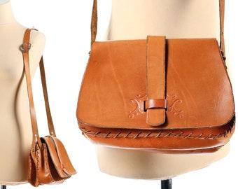Retro Saddle Bag 1970s Distressed Brown Leather Messenger Bag Vintage Satchel Bag Cross Body Hippie Festival Bag Handmade Boho Shoulder Bag