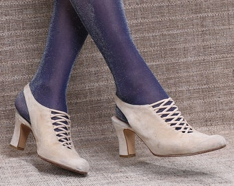 US 6.5 Victorian Shoes Heels 80s . Slingback Pumps Beige Suede Leather Mules Sandals Vintage Slip On Elegant Heels Leather Sole . EU 37 UK 4