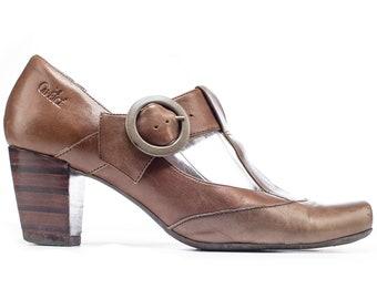 Vintage Beige Mary Janes Leather Heels Formal Elegant T Strap Shoes Wide Fit Heeled European Quality Footwear US 8.5 EUR 39 UK 6