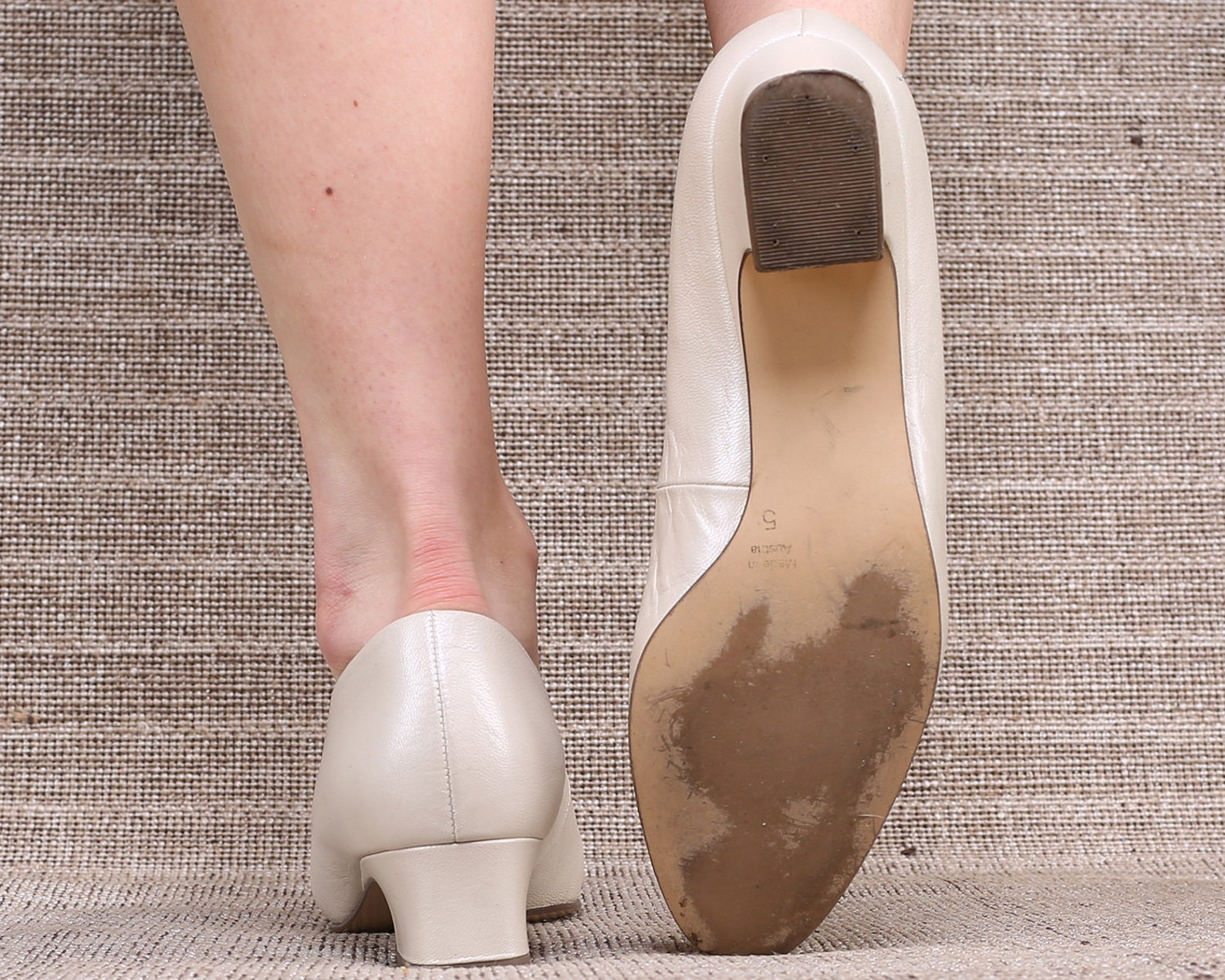 us women 7.5 off white leather flats cream white ballet flats formal office low heel pumps vintage shoes 1980s gabor footwear .