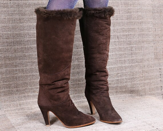 9774cbb5658 US 8.5 Tall Slouch Suede Boots 70s Vintage Knee Brown Bohemian High Fur  Lined Boots Pull On Heeled Europpean Quality Fur Trim Eur 39 , UK 6