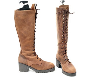 US women 8.5 Tall Lace Up Platform Boots Waxed Leather Cowboy Boots Women Rare Vintage 90s Brown Boots Grunge Knee High Boots . Eur 39 Uk 6