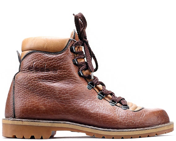 US men 8 Leather Hiking Boots Vintage 80s Brown Mountain  9847c1ca68d