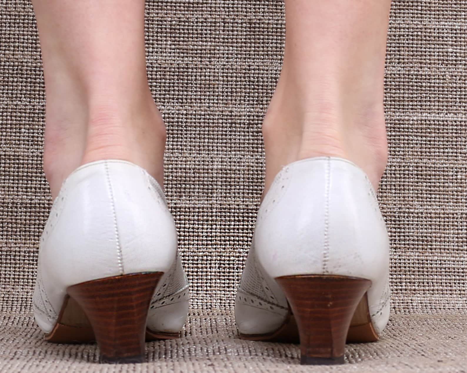 us size 7.5 white leather flats 80s oxford pumps white ballet slip ons stacked heel vintage shoes 1980s germany made. eur 38 uk