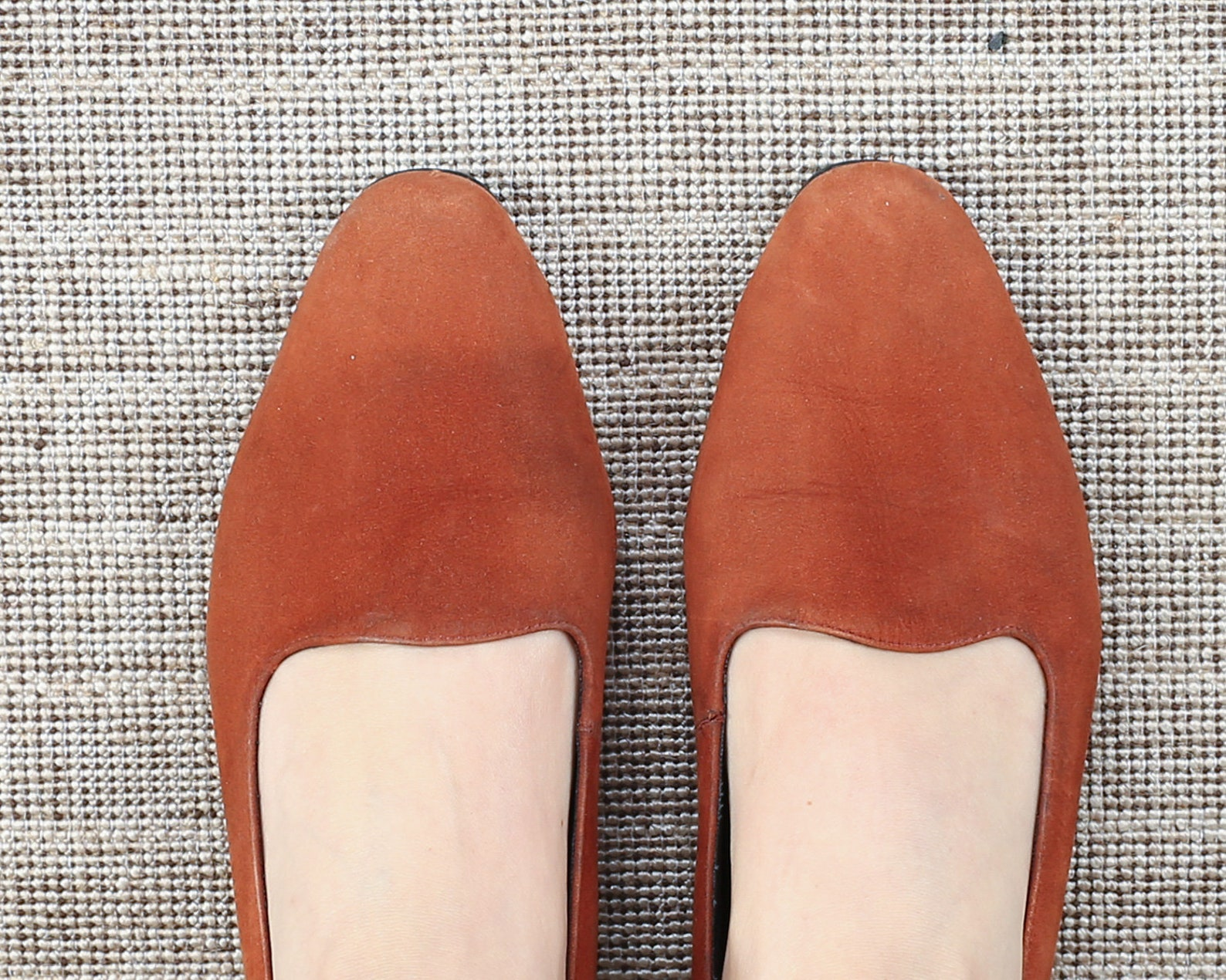 us women 8.5 rustic suede leather flats 80s brown ballet flats formal office low heel pumps vintage shoes 1980s leather sole . e
