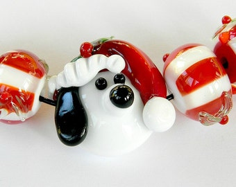 Handmade Lampwork Christmas Beagle glass beads Holiday