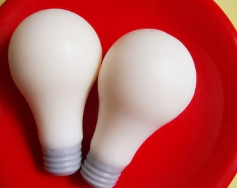 Light Bulb Soap , Lightbulb Soap, Electricity Soap, Electrician Soap, Soap Favors, Bright Idea, Teacher Gift, Science Soap, Geek Gift, Lemon