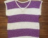 Adorable women 39 s 80 39 s v neck sweater top. Size Small Med