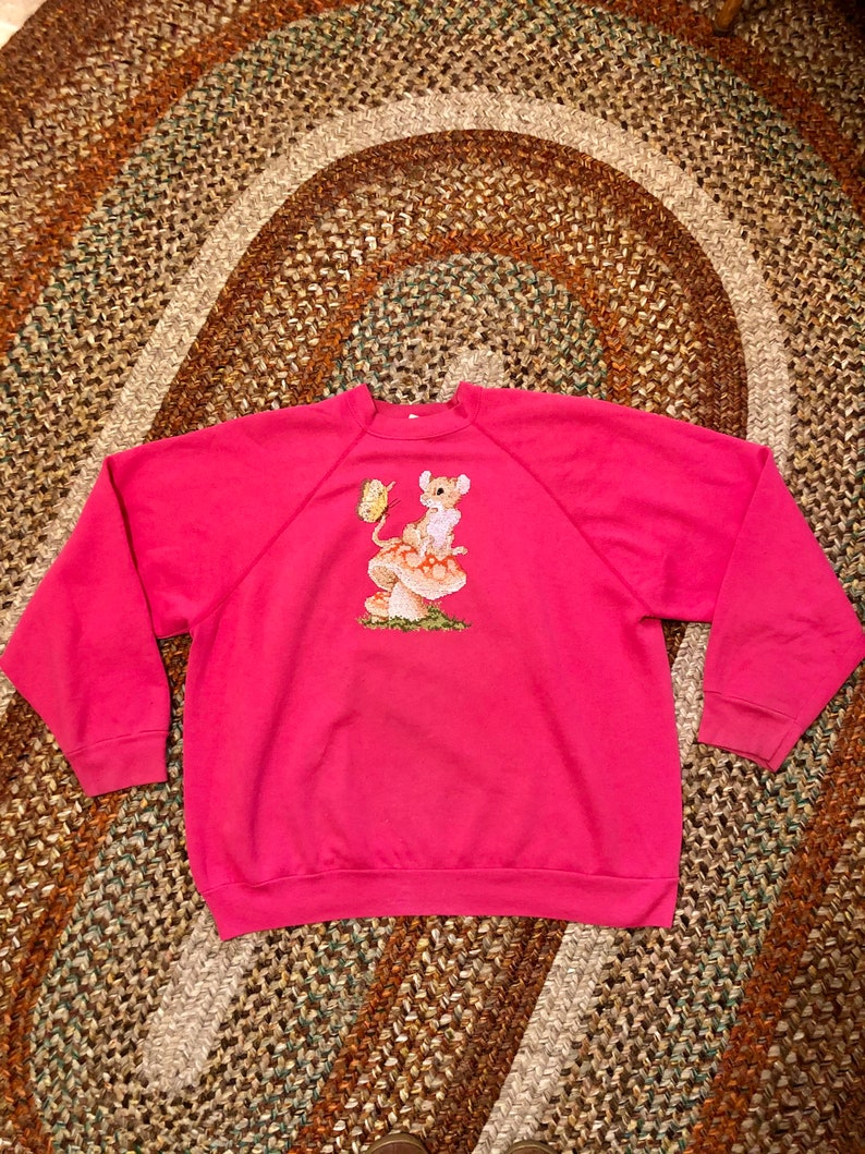 Adorable 1980\u2019s vintage mushroom print cross stitch sweatshirt women\u2019s size xlarge2xlarge