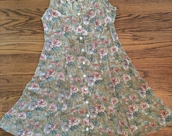 Adorable vintage women's 1990's floral sundress. Size M/L