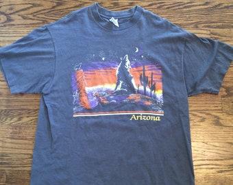 Vintage 1990's Arizona wolf tshirt. Size XL