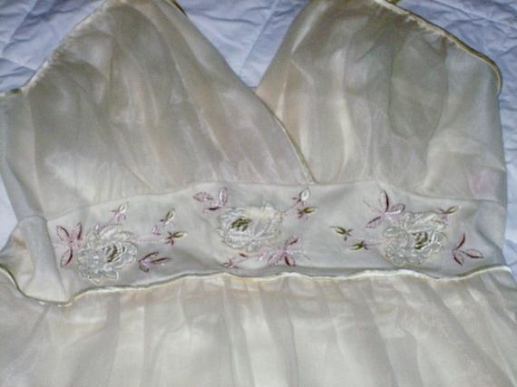 Vintage Gotham Lingerie Peignoir Robe Nightgown Se
