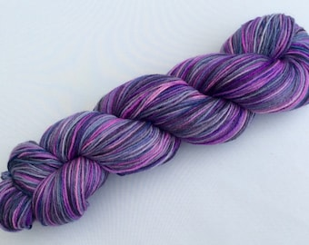 Sophisticated - hand dyed yarn 3.5 oz 437 yds