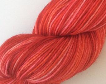 Be my Valentinel - hand dyed yarn 3.5 oz 437 yds