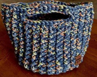 Medium/Small Storage Basket With Insert-Crochet-Tote Your Stuff in Style-Perfect for Dorm-Free Ship