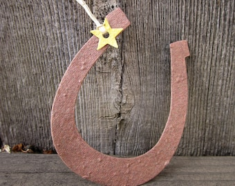 50 Seed Paper Horseshoes - Rustic Barn Wedding Favors - Flower Seed Horseshoes - Lucky in Love Country Wedding Favors