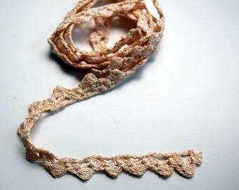 Off-White Cream Crochet Lace, narrow delicate vintage crochet lace, vintage sewing lace, neutral lace sewing trim, bridal dressmaker lace