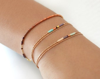 Delicate Rose Gold Bracelet with Tiny Beads / Minimalist Thin Dainty & Colorful Beaded Chain Bracelet / Multicolor Boho Friendship Bracelet