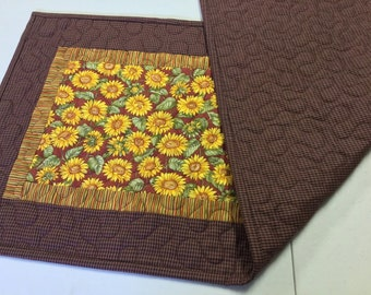 Sunflower quilted patchwork table runner