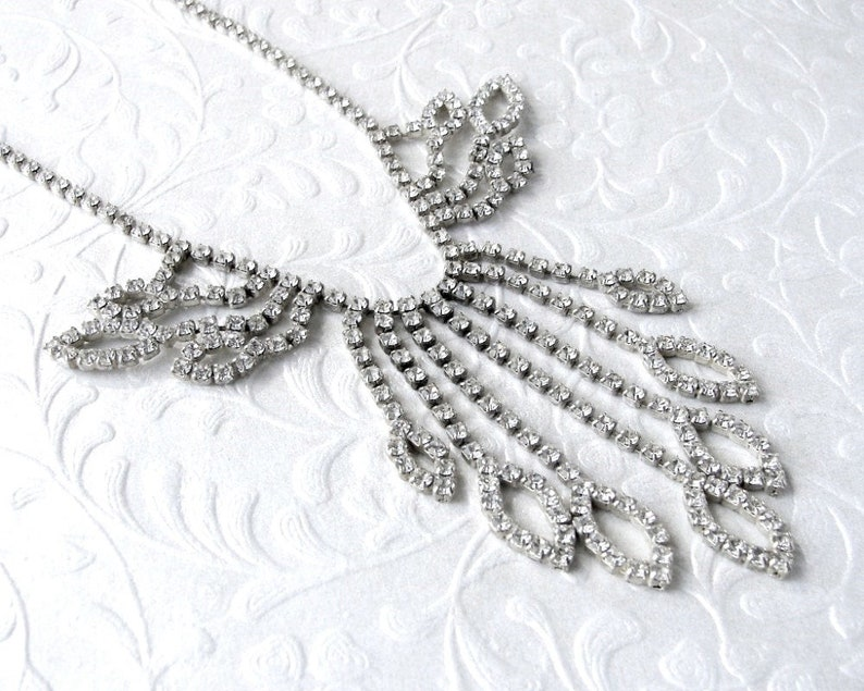 Chic Vintage Rhinestone Statement Necklace Waterfall Fringe image 0