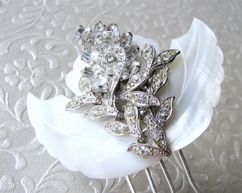 Mother Of Pearl Hairpiece Rhinestone Hair Comb White Wedding image 0