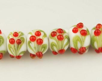 Holly Bead Set - Handmade Lampwork Glass Beads by Lara