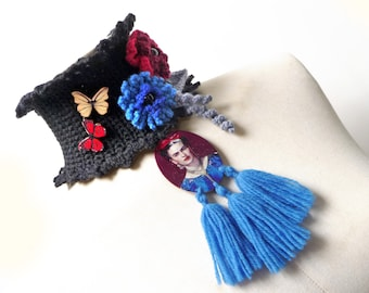Black Crochet Neckwarmer with Flowers and Leaves, Wool Scarf Necklace, Mexican accessories for women, Viva la Vida
