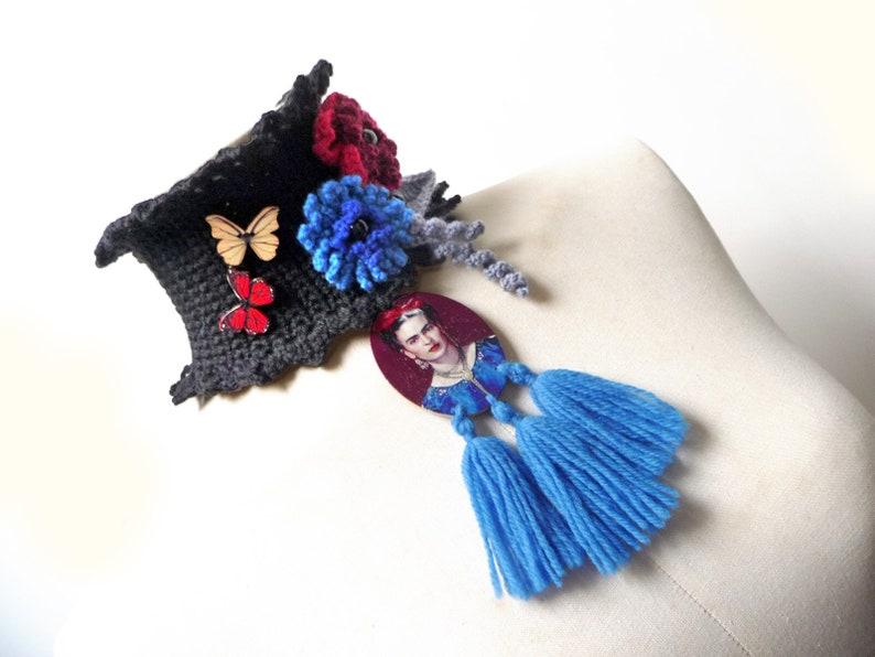 Collana in lana nera con frange Sciarpa Scaldacollo nero ad  3827689e8e23