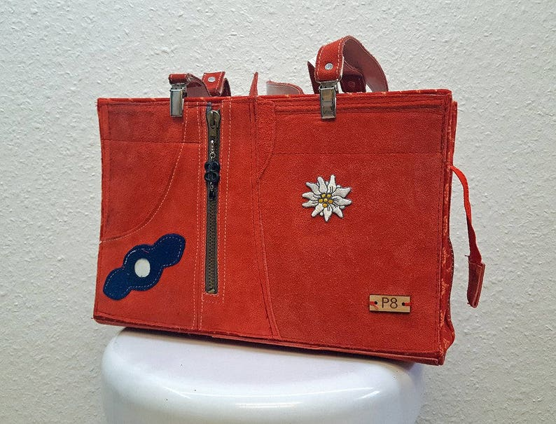 5e687914572fa Tasche von Vintage rote Lederhose Lederne Umhängetasche