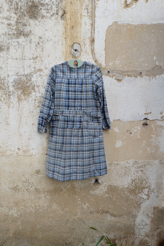 Vintage old French 1930 girl school chore dress /w