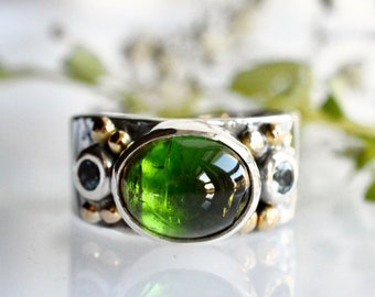 Green Tourmaline Statement Ring, Highly Detailed Silver, Silver and Gold Gemstone Ring, Embossed Silver Ring, Green Gemstone Ring