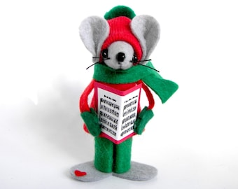 Christmas Ornament Felt Mouse Caroling Mice Collectible Tree Ornament Red and Green