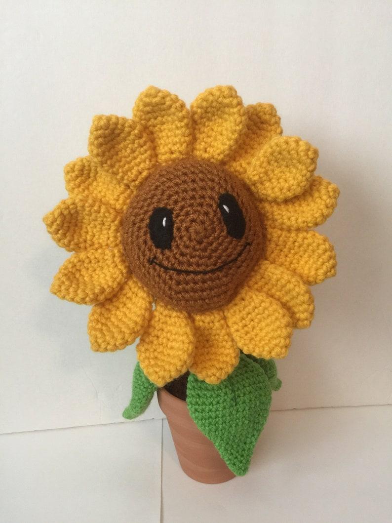Stuffed Sunflower Flower Sun Garden Amigurumi Leaves image 0