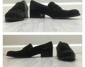 768684b00ac Fabulous vintage 90s Green Velvet Prada loafer heels SIZE 8.5 US