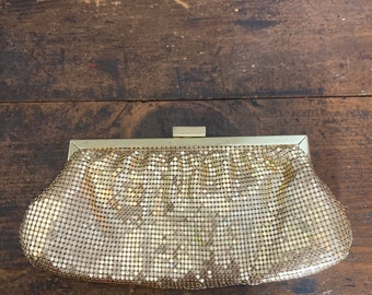 Vintage 90s gold mesh clutch & crossbody purse
