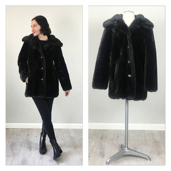 Stunning Vintage Faux Fur 50s Jacket   Small