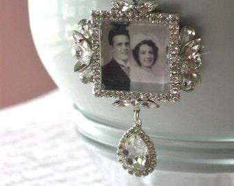 Memory Wedding Bouquet Photo Charm, Bridal Bouquet Charm, Swarovski Crystal Memory Photo Charm