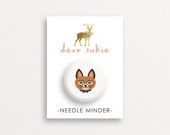 Needle Minder - Brown Cat, cute needle minder, cat lady,  embroidery, cross stitch, needlework, supplies, xstitch, magnet, gift, kitten