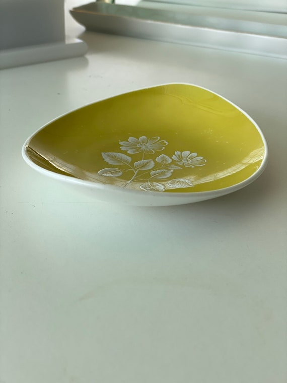Vintage Adderley Floral Chartreuse Ring Dish - image 8