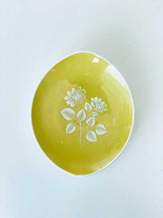 Vintage Adderley Floral Chartreuse Ring Dish - image 2