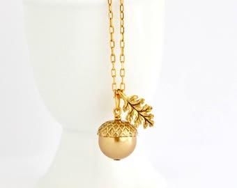 Gold Acorn Necklace - Rustic Wedding - Acorn Jewelry - Brown Acorn - Woodland Jewelry - Gift For Mom - Woodland Theme - Pearl Acorn