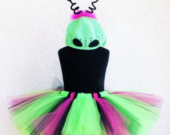 Alien Princess - Custom Sewn Alien Tutu Costume - Includes a tutu and beanie with antenna - size NB to girls size 12 - Perfect for Halloween