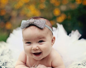 "Girls Photo Prop Tutu, White Tutu, Baby Tutu, Birthday Tutu, 6"" Sewn Economy Style Infant Tutu, Christmas Tutu, Angel Tutu"